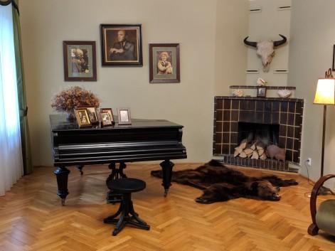 The famous life-saving piano