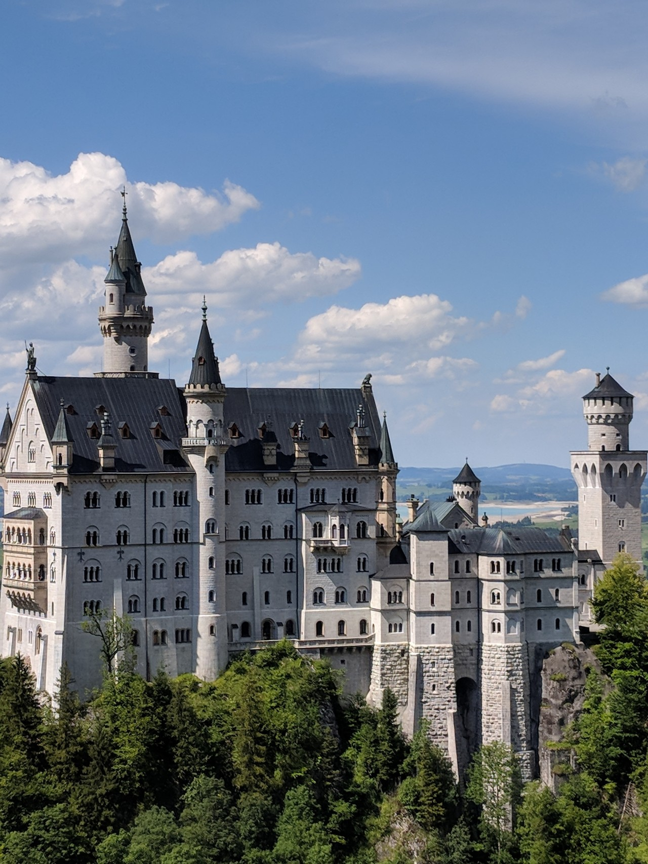 Day 44: How Many Castles Does a KingNeed?