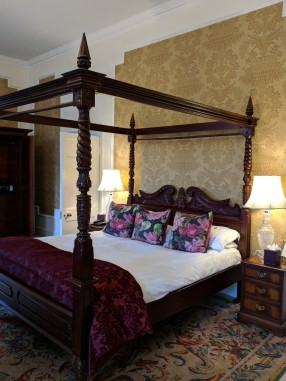 Our four poster bed was luxurious.